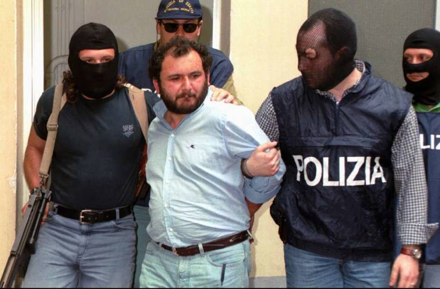 Giovanni Brusca being arrested. 1996