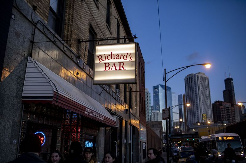 Richard's Bar Chicago where Kenny Paterimos was stabbed