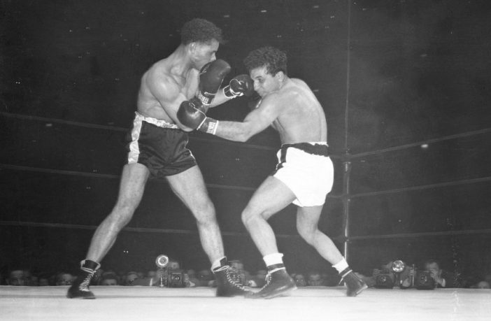 Jake LaMotta vs Billy Fox in 1947. LaMotta would go on to lose the fight on purpose in the fourth round.